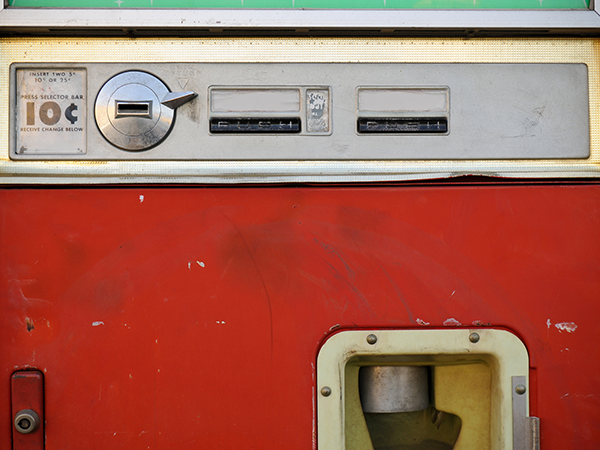 Storia-vending-machine